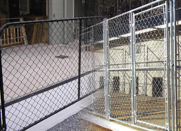 Black Vinyl Coated or Hot Dipped Galvanized Iron Security Fencing Gate Panels