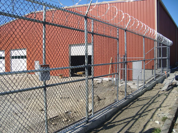 Framed Chain Link Mesh Fence Panels with Razor Barbed Wire Coils